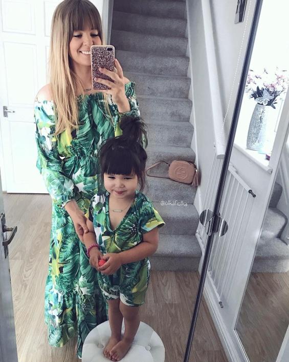 Ола и Лили